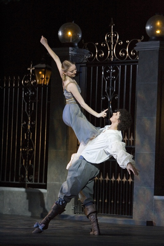 Cyrano (Roxane and Christian)