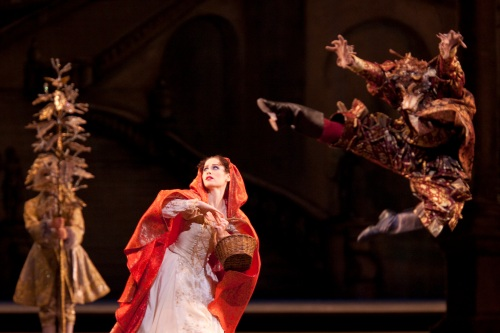 Emma Maguire as Red Riding Hood and David Pickering as The Wolf. Photo: Johan Persson / ROH ©